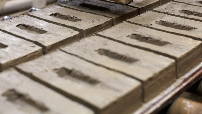 Tegel Planetens haallbara byggmaterial - Bygg i Tegel