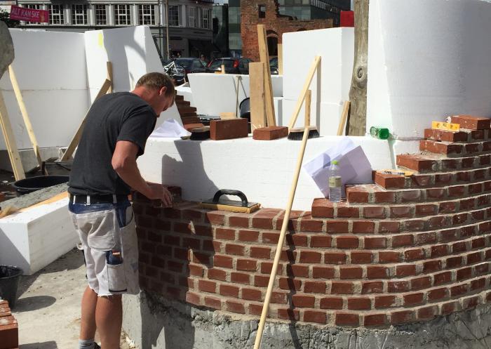 Bygg i Tegel